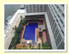 Ramada Plaza Menam Riverside