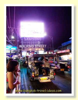 Entrance sign to Walking Street Pattaya