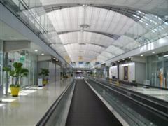 Bangkok Suvarnabhumi Airport walkway