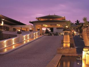 Stay in Phuket at the JW Marriott