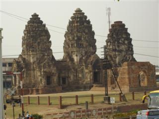 Lopburi Phra Prang Sam Yot