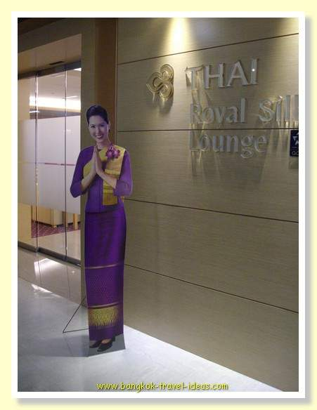 Thai Airways Royal Silk Lounge greeting at Bangkok Suvarnabhumi Airport