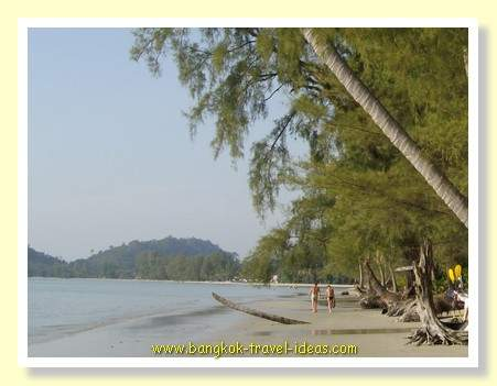 Best Bangkok beach at Ao Prao on Koh Chang near to Bangkok