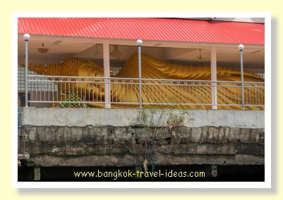 Wat Yannawa reclining Buddha image
