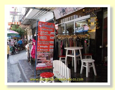 Cheapest massage in Bangkok