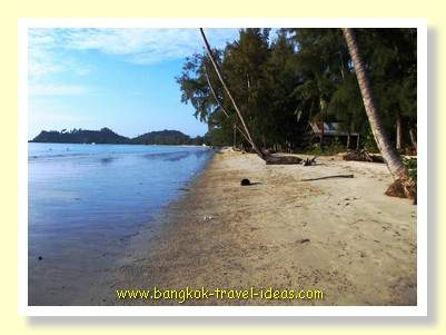 Klong Prao beach at the height of the season