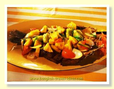 Pinapple fried fish