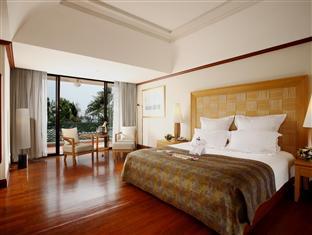 Centara Grand Samui bedroom