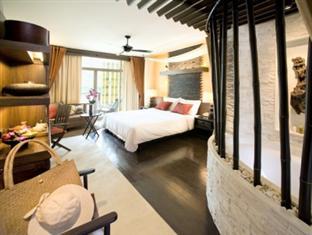 Comfortable rooms at the Centara Grand Mirage Beach at Wong Amat