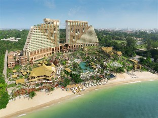 Centara Grand Mirage Beach hotel at Pattaya
