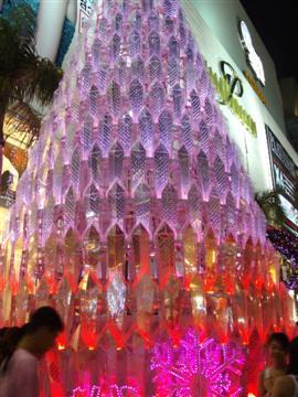 A xmas tree in Bangkok, how fabulous