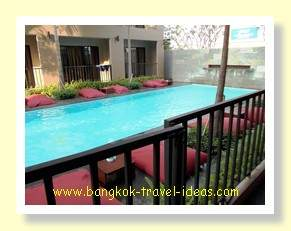 The Cottage Suvarnabhumi Airport hotel swimming pool