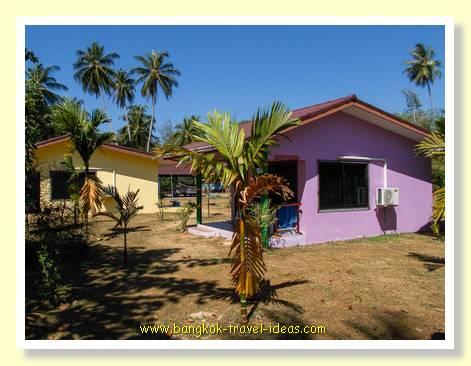 Mai Khao beach bungalows
