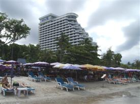 Agoda Bangkok have great Bangkok hotel deals on the Hilton Hua Hin