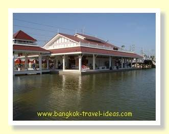 Hua Hin floating market buildings