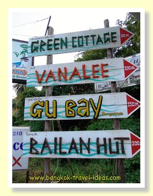 Gu Bay Bungalow sign