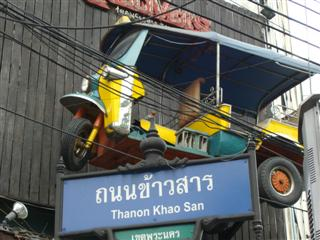 Tuk tuk at the entrance to Khaosan Road