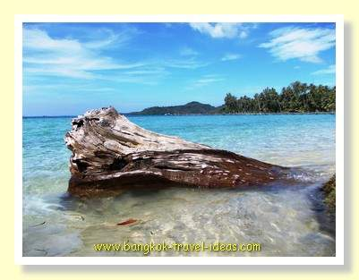 View over Ngamkho Bay from Dusita Resort