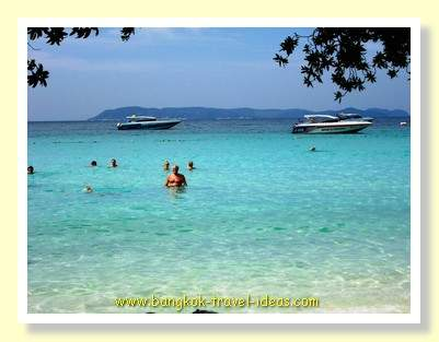 Crystal clear water on Tien Beach