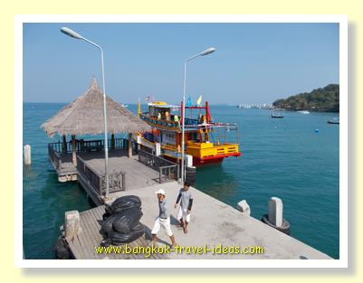 Ao Klang pier on Koh Samet