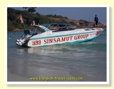 Koh Samet speedboat on Sai Kaew Beach