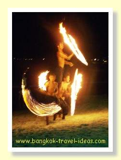 The amazing fire show in front of Ploy Talay