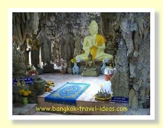 Buddha image inside the grounds of Wat Payap
