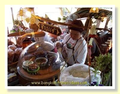 Thai food stalls at the Bangkok floating market