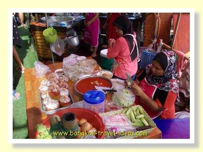 Muslim food at the Bangkok floating market