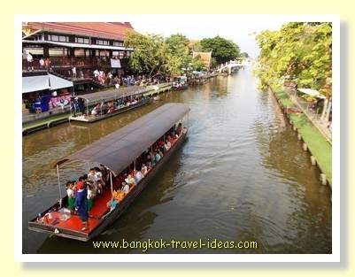 Floating market boat ride