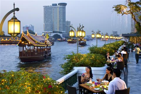 Oriental Hotel Bangkok situated on the Chaopraya River is just the place to take afternoon tea whilst looking over theChao Phraya River