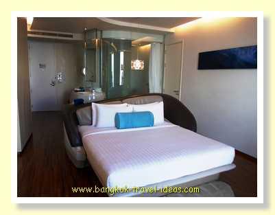 dusitD2 Pattaya guest bedroom