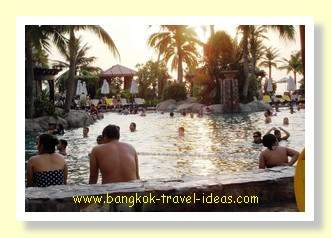 Centara Grand Mirage Beach Resort swimming pool