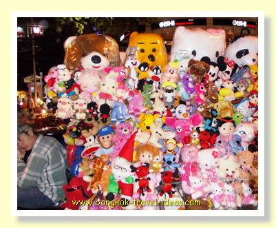 Pattaya dolls and teddy bears