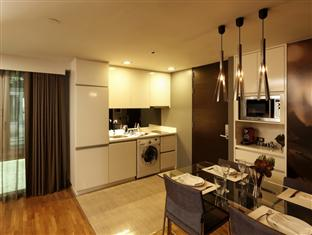 Hotels listed in the Silom area with two bedroom suites for families
