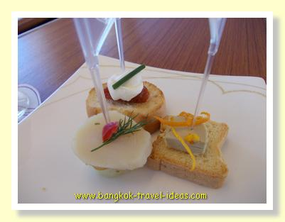 Canapes on Thai Airways flights
