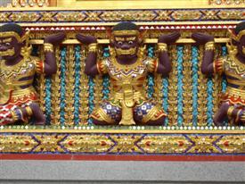 Wat Bang Phli Yai Nai mouldings