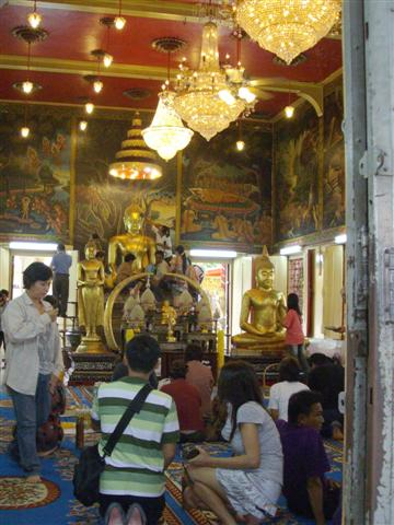 Luangpho To is a most revered Buddha image