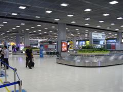 Bangkok airport luggage carousel