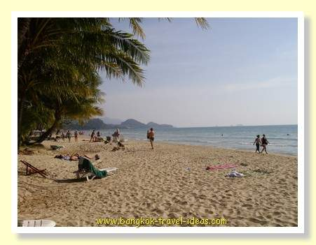 Whitesand beach on Koh Chang. One of Thailand's top beaches