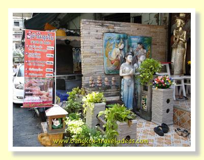 Bangkok massage shop at On Nuch