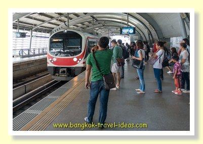 Airport Rail Link ((ARL) to Bangkok