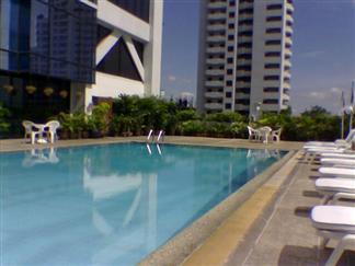 Bangkok Hotel Sukhumvit pool area