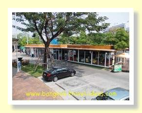 Paseo Mall car park where the night market sets up