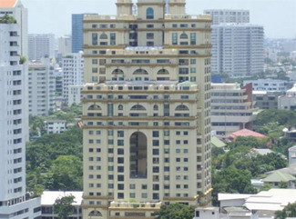 hotels in Bangkok are located all over the city