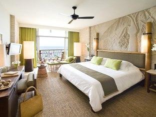 Centara Grand Resort Mirage Beach Hotel bedroom in Naklua