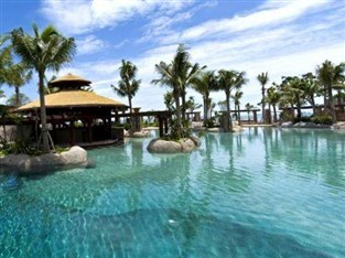 Swimming pool at the Mirage Beach Resort Pattaya