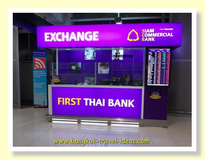Bangkok Airport currency exchange booths in Concourse C
