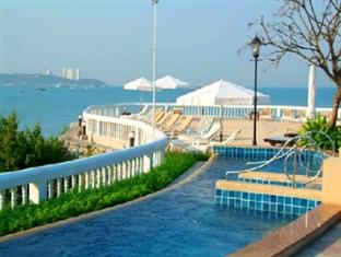One of the swimming pools at the Dusit Thani Pattaya