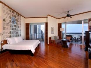 Spacious and well designed rooms are located on floors with expansive views of Hua Hin bay